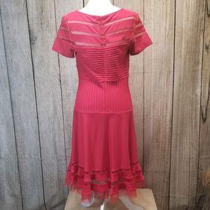 Tadashi Shoji Dresses - Tadashi Shoji Short Sleeve Dress Coral Large